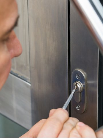 A - Able Locksmith - Commercial Locksmith - Pinecrest, FL Secondary Image